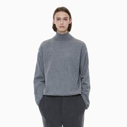 STANDARD TURTLENECK KNIT GREY