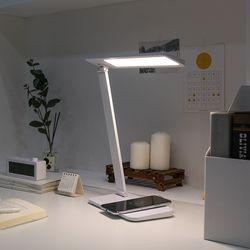 무아스 아이케어링 무선충전 LED 스탠드 시력보호 학생용 조명