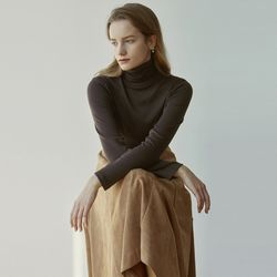 TURTLENECK NAPPING SLEEVE [BROWN]