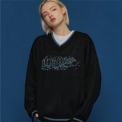 V넥 그래픽 레터링 스웨터 블랙