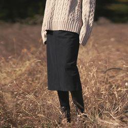 neatly H-line long skirt - black