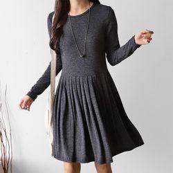 Winter Easy Pleats Dress