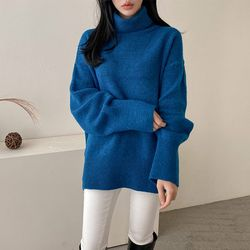 Wool Box Turtleneck Sweater