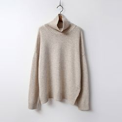 N Cashmere Wool Turtleneck Sweater