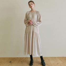 ROMANTIC SHIRRING LONG OPS [LIGHT BEIGE]