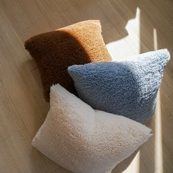 eco lamb cushion