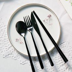 라피네 블랙 커트러리 4종세트 스푼 젓가락 포크 나이프