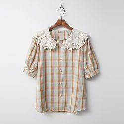 Lace Collar Check Puff Blouse