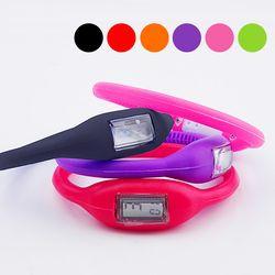생활방수 젤리시계 손목시계 스포츠시계 아동패션시계