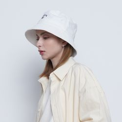 W69 about on bucket hat white