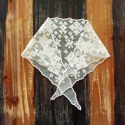 로맨틱 아일렛 자수 패턴 삼각 스카프n412