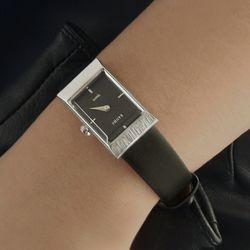 여자 고등학생 가죽 시계 바우스 그리드 블랙 실버