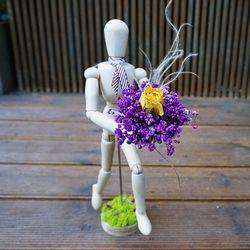 로랑 프리저브드 목각인형 꽃다발(랄랄라 안개로즈)