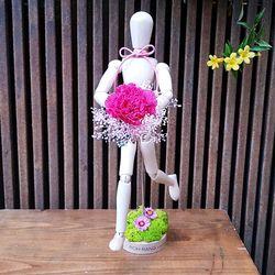 로랑 프리저브드 목각인형 꽃다발(랄랄라 카네이션)
