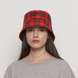 MW212 check bucket hat red