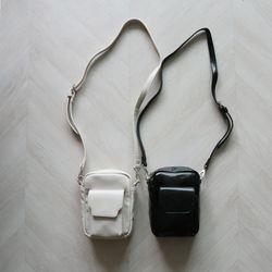 캐쥬얼 포켓 지퍼 미니 사각 숄더 크로스백 (2color)