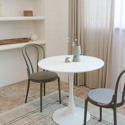 모아이 아벨로 카페 화이트 원형 식탁 테이블