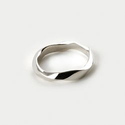 [강다니엘착용] SVR-#S605 실버925 Twisted Ring(NEW8FCDTZD)