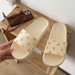 심플 스마일 EVA 미끄럼방지 욕실화 2color
