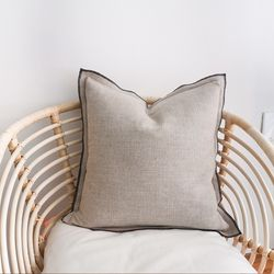 outline wings cushion