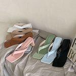여성 패션 신발 각진 사각코 쪼리 슬리퍼