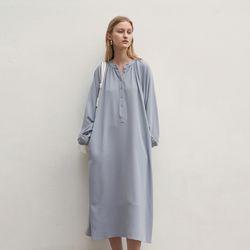 SHIRRING RAGLAN MAXI DRESS SKY BLUE