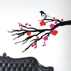 매화나무에 앉은 까치 일러스트 인테리어 스티커