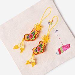 노란색 작은 버선 매듭끈 (3개)