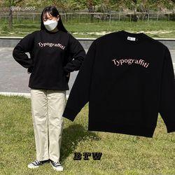 타이포그래피티 긴팔 스웨트 셔츠 (블랙)