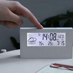 시간과 온도를 한번에 체크 탁상용 시계 및 온습도계
