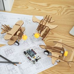 움직이는 어린이 비행기 장난감 만들기
