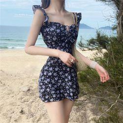 여자 여름 해변룩 호캉스 여성스러운 수영복 투피스