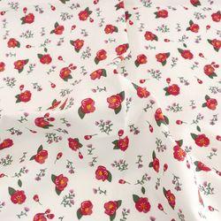 [Fabric] 수줍은듯 붉게 물든 카멜리아 패턴 코튼