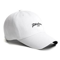 21 J 1982 PLATEAU CAP WHITE