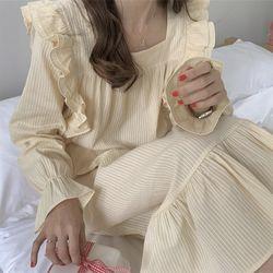 파스텔 스트라이프 원피스 파자마 잠옷