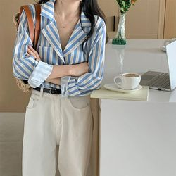 가을 스트라이프 패턴 여친룩 면접룩 오피스 셔츠