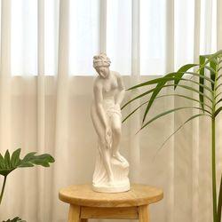 카페 감성 오브제 조각상 목욕하는 여인 석고상
