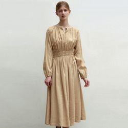 HENRY NECK SHIRRING DRESS [BEIGE]
