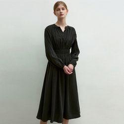HENRY NECK SHIRRING DRESS [CHARCOAL]