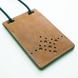 천연 가죽 ID & 카드 목걸이 (플립형 V1 - 카우)