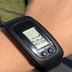 4개가하나로 디지털 만보계 시계 거리계 칼로리계산기