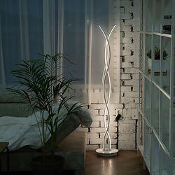 꽈베기 거실인테리어 LED 장스탠드 20W