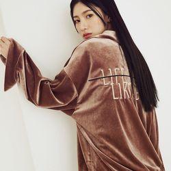 LIFE STINGS-벨벳 카라 풀오버 셔츠 honey brown(ITEM5N4OF0R)