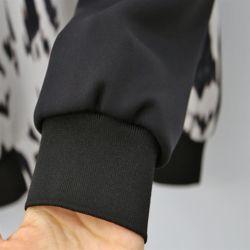 여자 겨울 벨랑 호피무늬 포인트 중년여성 맨투맨