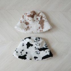 뽀글이 양털 젖소 얼룩 벙거지 모자 버킷햇 (2color)