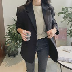 여자 겨울 단정한 하객룩 면접 카라 모던 오버 자켓